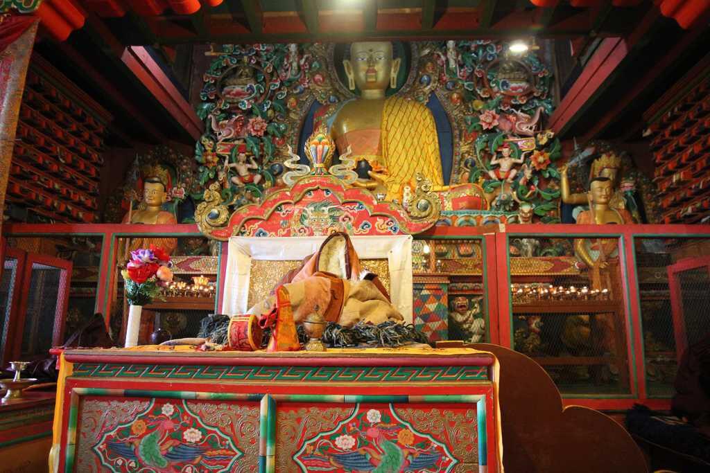 swyambhunath stupa interior view