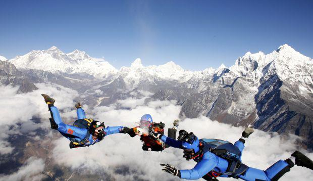 skydiving in Mt. Everest