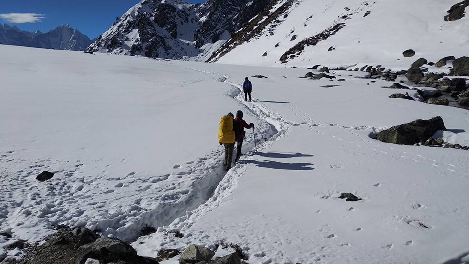 On the way to Gokyo