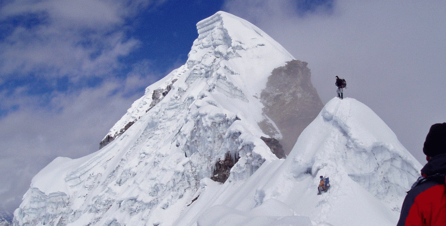 Mt. Lobuche West peak climbing