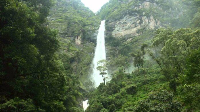 Phungphunge water falls