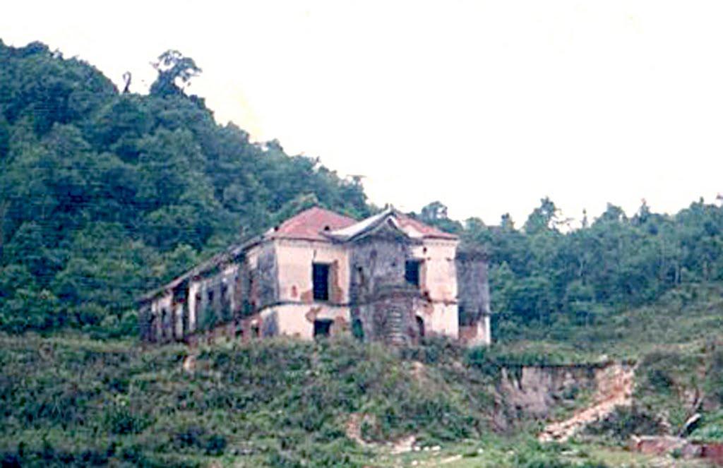 Ancient SindhuliGadhi Palace